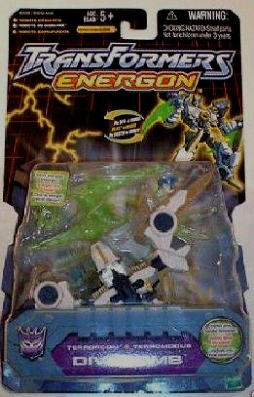 Hasbro Transformers 80226 (Cancelled): Energon Divebomb (Wing Blade) Shadowhawk � Botcon SG (2004)
