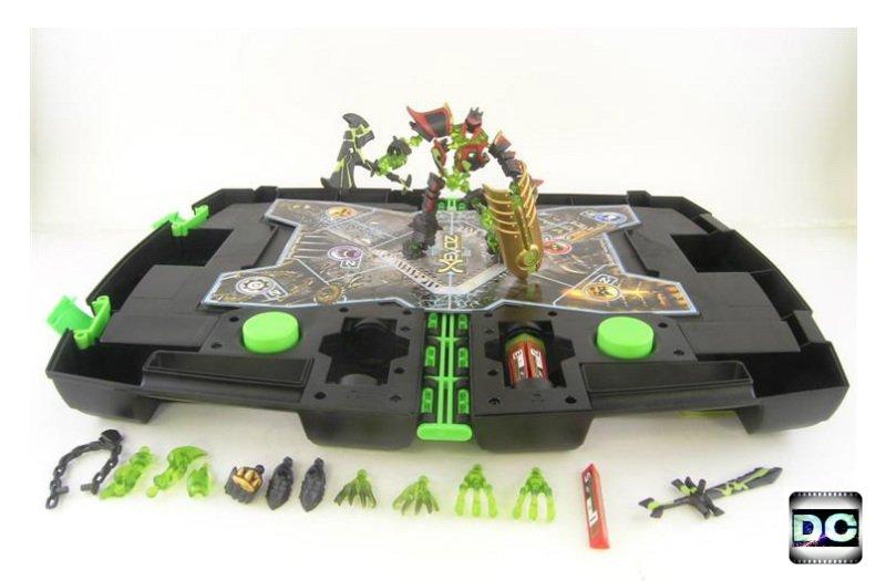 Xevoz Iron Spectre Carry Case Figure Kit #25 w/ Battle Attack Transporter, 2004 Hasbro Stikfas 85514