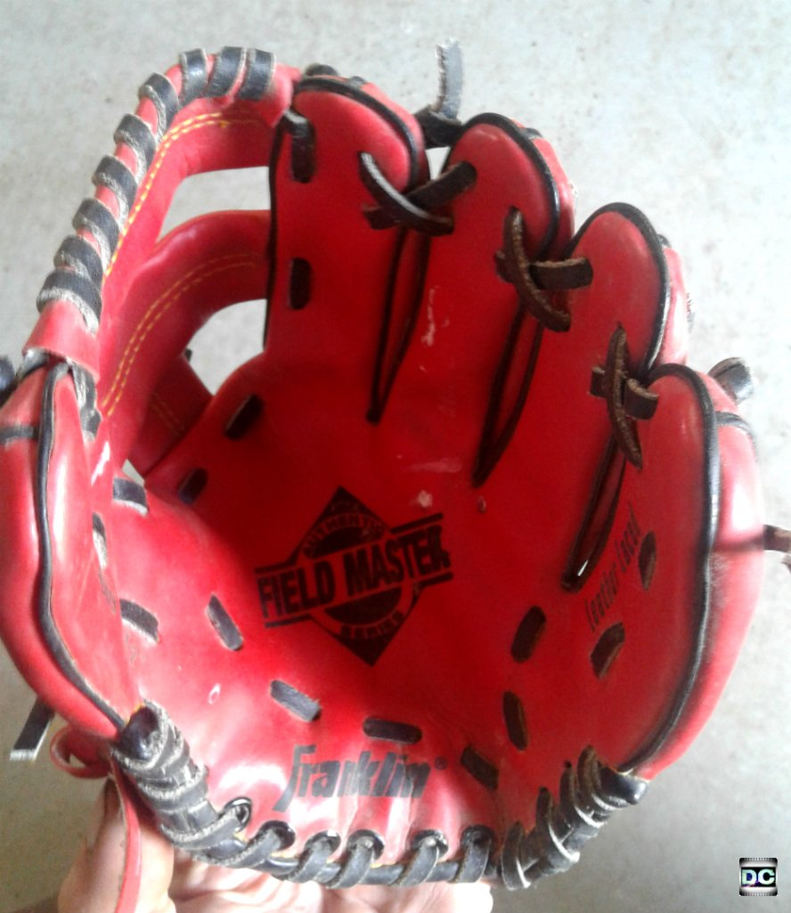 "Franklin Field Master 9.5"" Leather Laced Youth Baseball & Softball Glove, RHT, Red 4609"