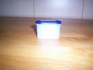 Tupperware Modular Mate Magnet w/blue seal