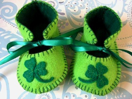 Lime & Green Booties with Shamrocks, 0-3 months (RM 87)
