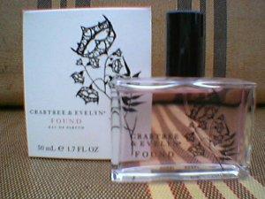 Crabtree Evelyn  EDP perfume fragrance FOUND  Cassis Bay Rose Cardamom Grapefruit Disc