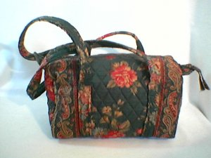 Vera Bradley Handbag Greenbriar Classic 100 duffel purse  Excellent Pre-Owned Retired