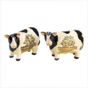 Country Cow Salt and Pepper Set