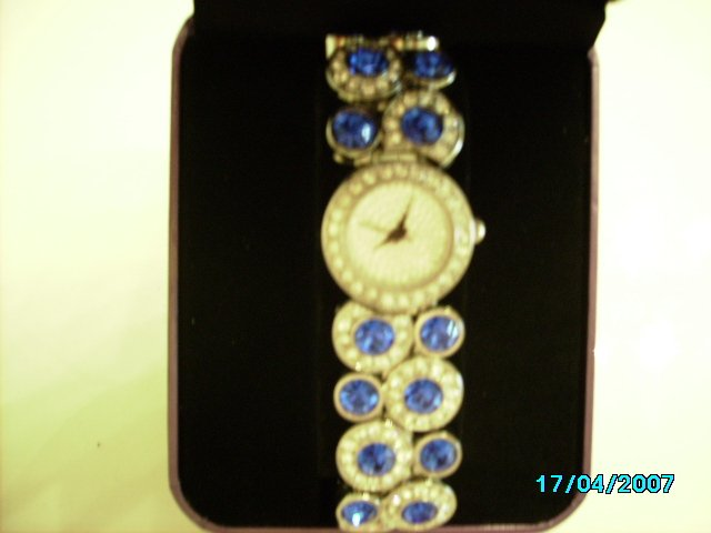 Ladies fancy wrist watch