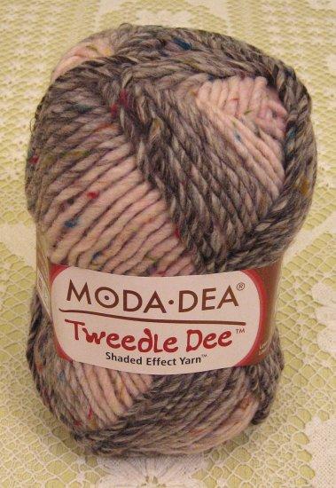 "Moda Dea Tweedle Dee ""Cherry Cola"" Yarn ~ 1 Skein ~ $6"