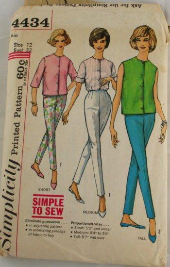 """Pant & Top"" Pattern Simplicity 4434 PATTERN"