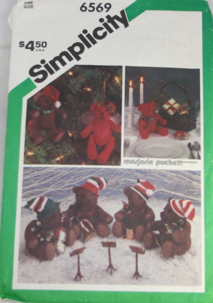 Marjorie Puckett Christmas Bears Simplicity 6569 - 1984 Size 5-1/2 & 9-1/2 Inches