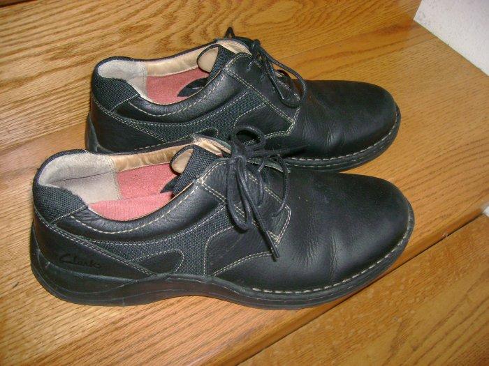Clarks Mens Black Leather Shoes size 12 M