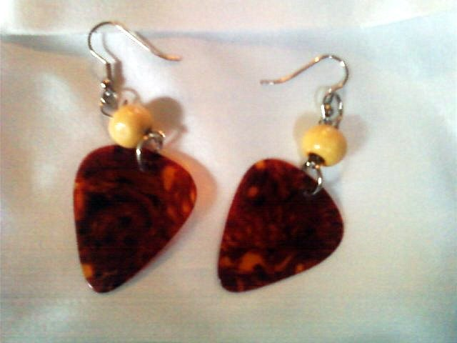 Reddish/Brown Guitar Pick Earrings.