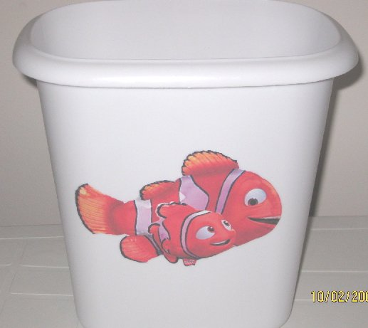 Finding Nemo Trash Can