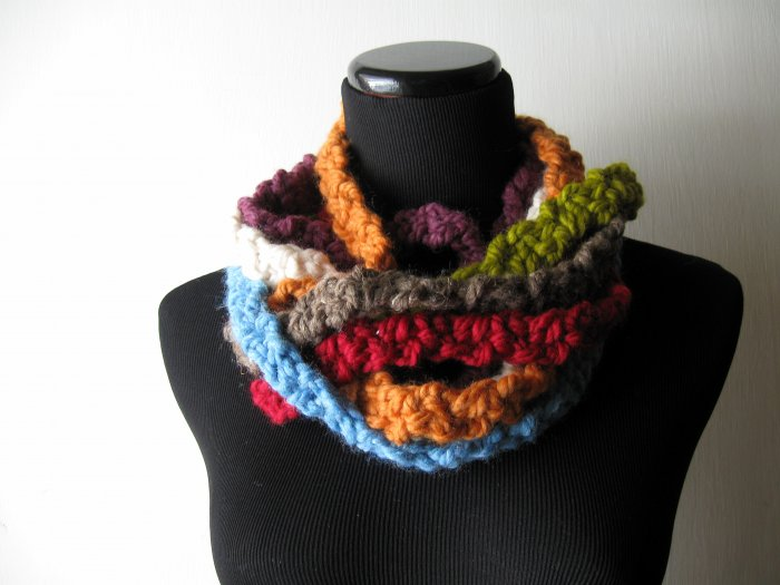 the twisted colors cowl.