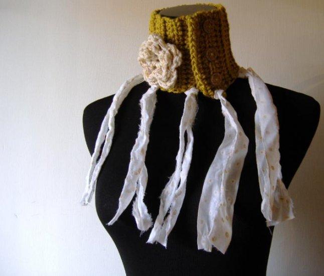 the bohemian prairie scarflette.