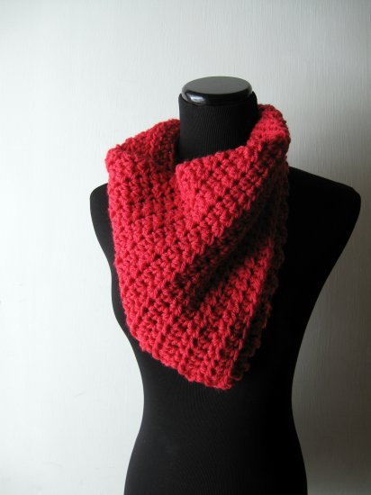 the red bandit cowl.