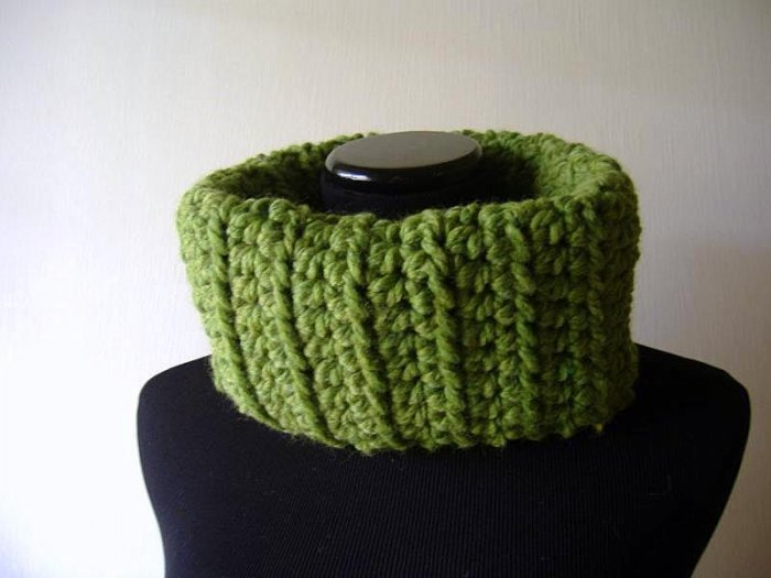 the tomboy cowl.