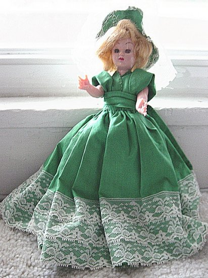 "Vintage  9"" Fashion Doll Green and White Dress Blue Open & Close Eyes Blond Hair    #600011"