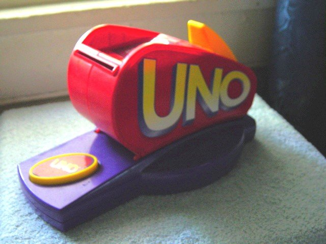 Uno Card Dispenser and 104 Uno Cards #600071