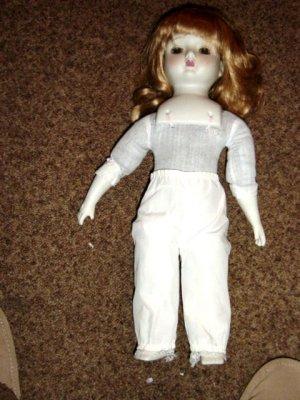 "15"" Vintage Strawberry Blond Doll   #600098"