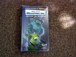 Disney Pixar Monsters Inc. Video VHS Sulley Mike Billy Crystal John Goodman #600572