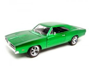 1969 DODGE CHARGER CLASSICS GREEN 1:18 DIECAST MODEL