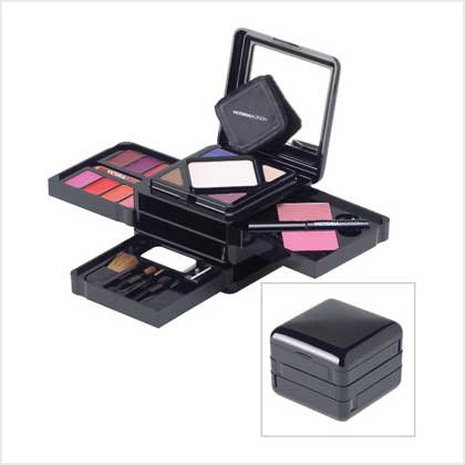 VICTORIA JACKSON VANITY COSMETIC KIT (SALE ORIGINALLY 59.95)