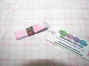 B98- Light pink/blue Simple Clip