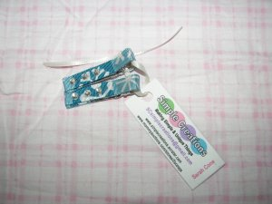 A19- Blue Snowflake with Rhinestones Simple Clip Set
