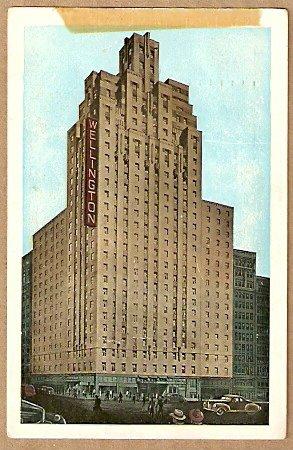 ca 1940s HOTEL WELLINGTON NEW YORK CITY POSTCARD