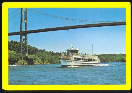 TOUR BOAT 1000 ISLANDS BRIDGE NEW YORK CANADA 1960 POSTCARD