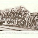 1918 WORLD WAR 1 WW1 MAGAZINE PHOTO CHEERING DOUGHBOYS ON RAILROAD CAR