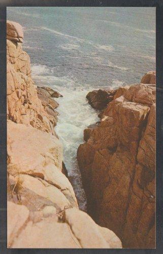 Rafe's Chasm Atlantic Ocean Cape Ann Magnolia Gloucester MA Chrome Postcard 350