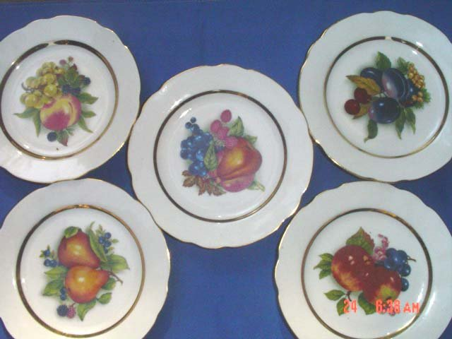 Stoke on Trent - England Decorative Plates