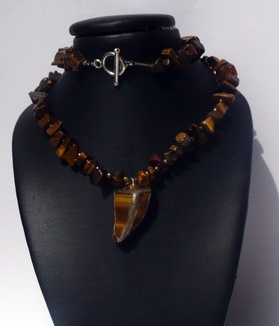Necklace made with Tiger eye chips and pendant