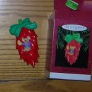 1995 Feliz Navidad Hallmark Ornament