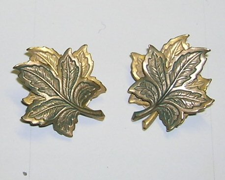 Vintage Goldtone with Green Maple Leaf Clip on Earrings