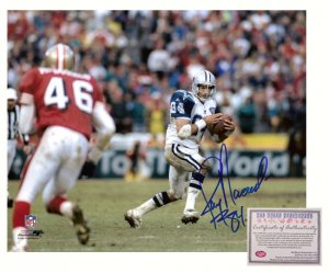 Jay Novacek Signed Photo - 16x20 Receiving