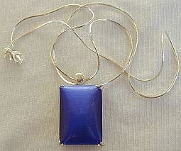 Blue cat eye pendant