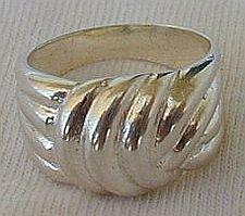 Shiny silver ring