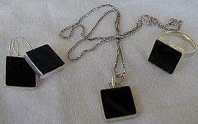 Onyx square set-ring earrings pendant