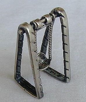 Swing miniature