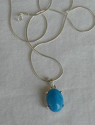Mini turquoise pendant