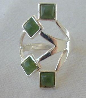 Green branch ring