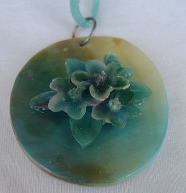 Greenish mother of pearl