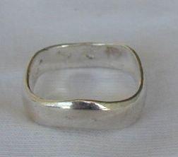 Zig-Zag ring