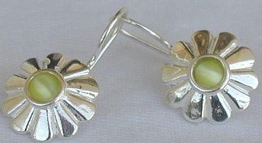 Mini  peridot sun earrings
