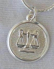 Libra round pendant
