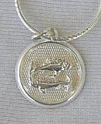 Pisces round pendant