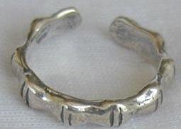 toe ring-IDY