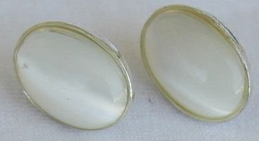 White moon oval earrings