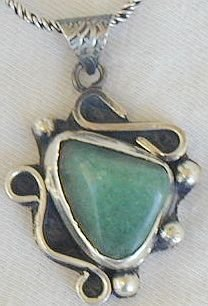 Green- pendant hand made-P13